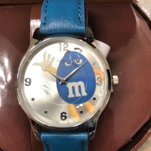 AVON Collectible Leather Women's M&M Watch -Blue